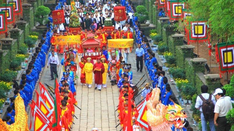 Các hoạt động văn hóa diễn ra vào ngày lễ
